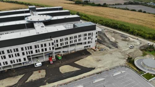 nemocnica-bory-sk prace-na-stavbe-oktober-2020-spevnovanie-ploch-0
